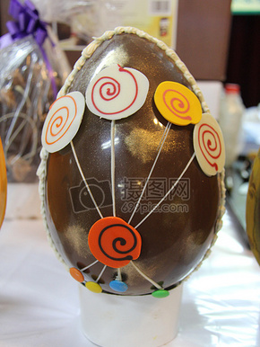 精美的巧克力蛋