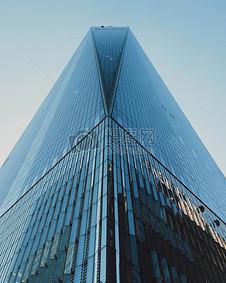 天空下的建筑